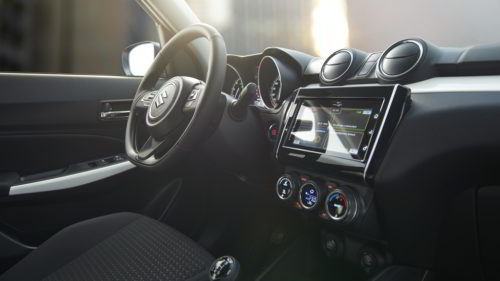 Suzuki Swift - Wnętrze z kierownicą