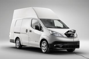 Nissan-e-NV200-XL-przód-v2