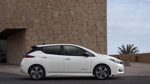Nissan Leaf - bok samochodu